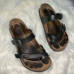 Birkenstock black strappy sandals size 8